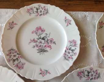Aberdeen china, vintage plate, vintage china, shabby chic china, shabby chic wedding, boho wedding, farm house, french country house,