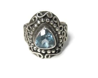 Vintage Balinese Trillion Cut Blue Topaz Ring Sterling Size 5
