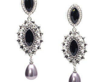 Dew drop Vintage crystal earrings