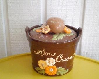 Vintage Ceramic Sour Cream Dish / Bowl / Jar with Potato Spud & Wildflowers 1970s Era - Retro Kitchen Storage Container Kitschy Hostess Gift