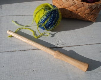Medium Nostepinne Woolwinder for winding yarn