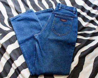 """70s High Waisted Wranglers/ Straight Leg Wrangler Jeans/ Wrangler Blue Jeans/ Mom Jeans/ Medium Wash Wranglers/ 27"""" Waist/ 41"""" Long/ Small"""