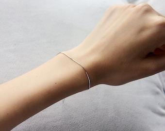 Delicate Sterling Silver Snake Bracelet, Thin Silver Chain Bracelet, Minimal and thin bracelet
