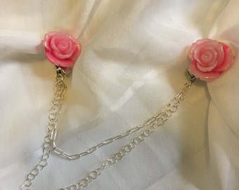 Pink Glitter Rosewith Silver Double Chain Sweater Clip