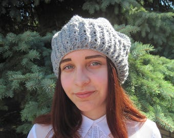 Christmas gift \\Hand knit\\ women beret\\ women's gifts \\winter beret\\ knitting accessories\\ wool hat \\Pom-Pom Hat \\grey hat