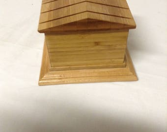 Wooden box, Maple, Bamboo box, Unique box, House shaped, Gift, Valentines, Mother's Day, Father's Day, Birthday, Christmas