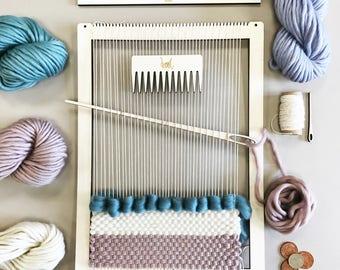 Kit de telar de tejer.  Telar de vuelta grande.  Aprender a armadura de marco, tapiz.  Los principiantes aprenden a tejer.