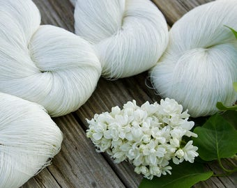 Unbleached linen thread, Natural white linen thread in skein, cobweb linen yarn - Choose 1 or set of 4 skeins.