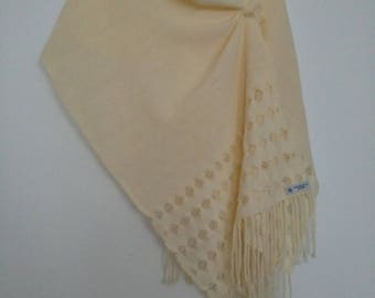 Handmade handwoven lino lace scarf shawl wrap