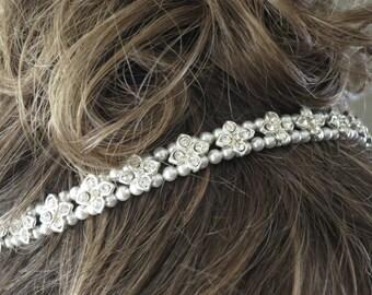 Rhinestone star headpiece, Wedding hair jewelry, Swarovski pearl bridal hair piece, Bridal hair accessory, Crystal and pearl bridal halo
