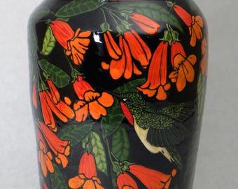 Large Hummingbird Vase (Item#90)