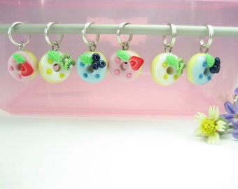 Fruit Donut Stitch Markers 6x knit knitting accessories, strawberry blueberry kiwi charms miniature food cute polymer clay gifts pink blue