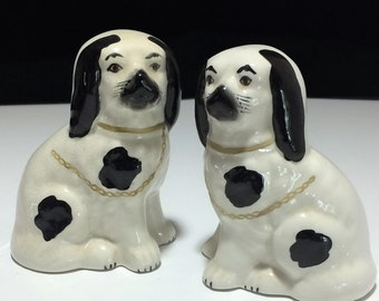 Staffordshire Style Spaniel Mantel Dogs John Wanamaker Philadelphia Hand Painted Dog Pair Classic Home Decor 518