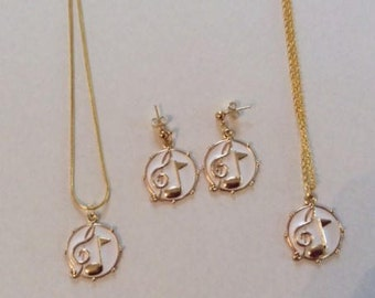 Gold & White Music Notes Jewelry, Treble Clef and 8th note round pendant, Music Notes earrings Music notes Necklace