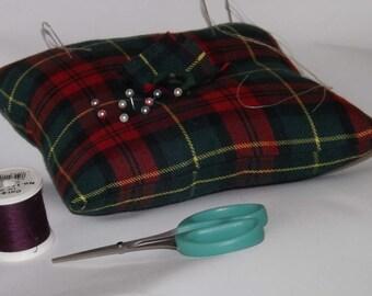 Large Tartan Pincushion, Craft Workers Pincushion, Seamstress Pincushion, Dressmakers Pincushion
