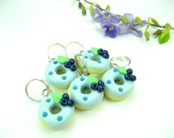 Blueberry Donut Knitting Stitch Markers 5x miniature food donut charms food gift for knitters food knit polymer clay knitting accessories