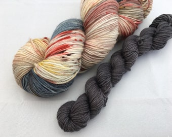 Hand dyed yarn Dandy sock with 20g mini-'Storm and fire'