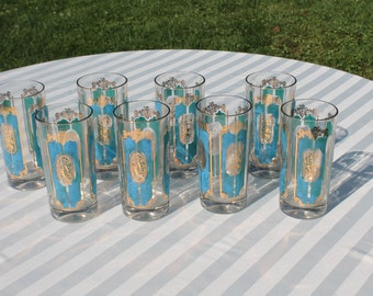 Set of Eight Vintage Gold and Blue Panel Drinking Glasses in a Hunting Theme