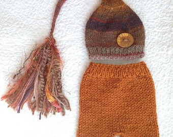 RTS Newborn Boy OUTFiT Knit Hat Pant Set BaBY PHoTo PRoP Gold Brown Beige FaT TaSSeL SToCKiNG CaP w Button & SHoRTS Coming Home WooDLaND SeT