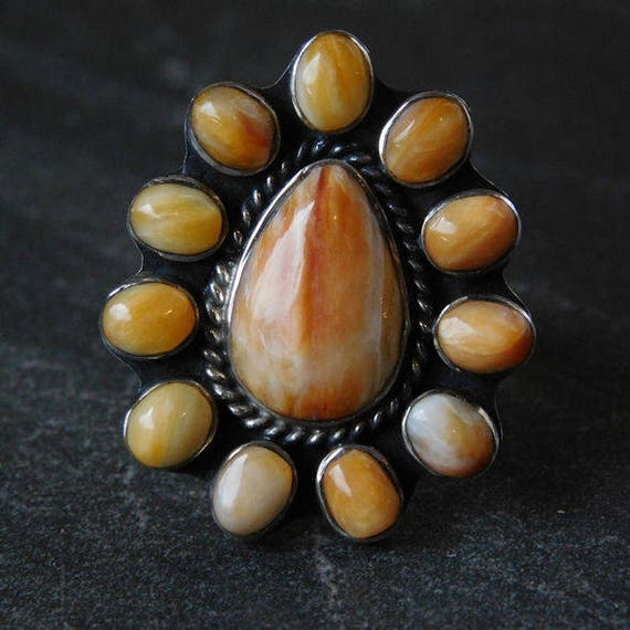 Spiny Oyster Navajo Ring /  Sterling Silver Ring / Native American / Size 6.5