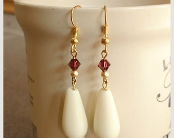 no.57 Vintage style earrings with cream glass and swarovski beads