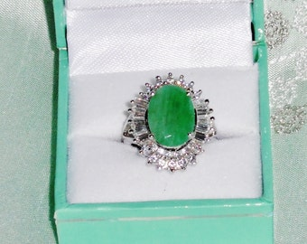 NATURAL 10 x 14mm  Columbian Emerald gemstone, 14kt white gold Ring size 6 3/4