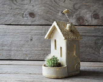Tealight holder and planter House - Stoneware