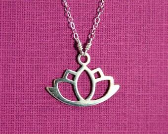 Silver Tiny Lotus Necklace
