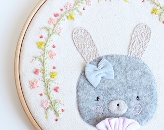 Embroidery hoop art | Bunny