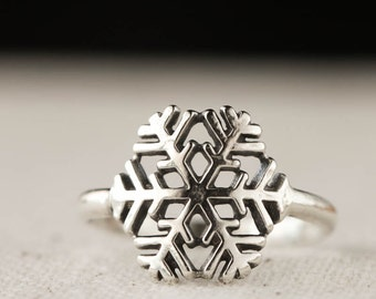 Snowflake Ring,  Winter Jewelry, Sterling Silver Ring, Casual Jewelry