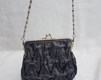 Pewter/Silver Kiss Clasp Handbag/Clutch Bag/Prom Bag/Evenings Out/Special Occasions Clutch Bag