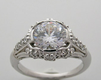 Unusual Engagement Ring Setting Art Deco Style Diamond Detail 14K