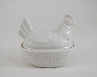 Vintage Miniature Milk Glass Hen On Nest Sugar Bowl, Jam Dish, Salt Cellar, With Spoon,