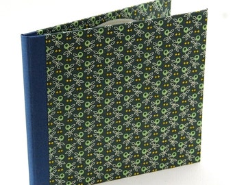 Nauli CD-Case green olive leafs