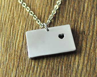 I heart Colorado map necklace, personalized Colorado map pendant, custom map jewelry, custom state charm state necklace
