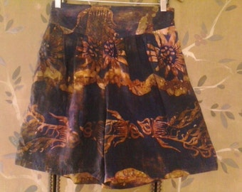 80s high waist batik style Hawaiian shorts