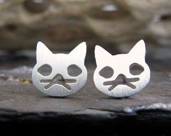 Cat stud earrings. Sterling silver, gold filled or solid 14k gold. Kitty cat post earrings. Whiskers. Cat lover gift for her Simple jewelry.