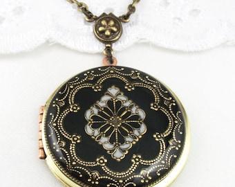 Vintage Black Filigree Brass Locket, Filigree Diamond Locket, Photo Locket, Valentine Gift For Her,  Wedding Locket Picture Locket