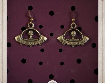 ALIEN earrings bronze alien flying saucer BOB032