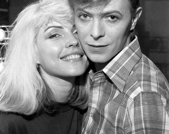 Debbie Harry With David Bowie in 1977 - 5X7, 8X10 or 11X14 Publicity Photo (ZZ-014)