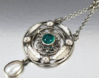 Antique Silver Pearl Chrysoprase Necklace
