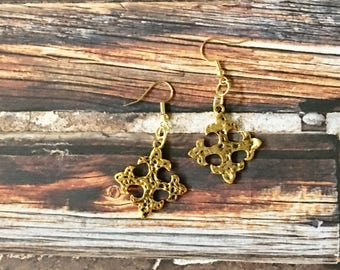 CROSS Earrings Gold Square Hammered Charms Pewter Dangle Pierced