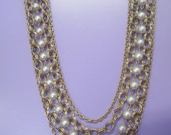 Vintage Jewelry   gold tone four chain necklace with faux pearl strand beads 20 inch no markings.