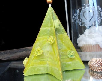Star duo of green sand cake scent candle