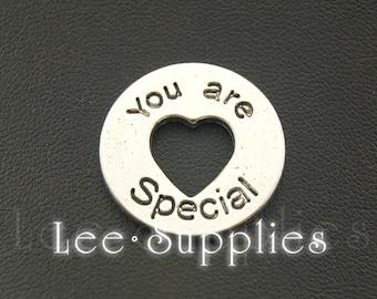 10pcs Antique Silver Alloy I Love You Charms Pendant A1072