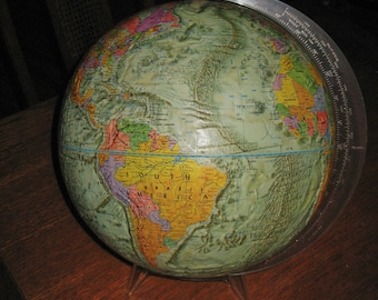Vintage 1973 Readers Digest Globe Excellent Condition