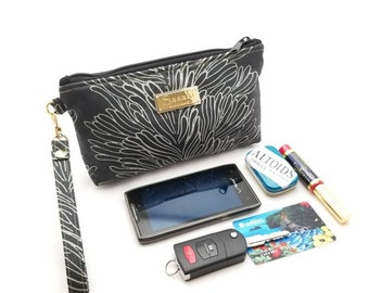 Black Coral  Wristlet - iPhone 6+, Samsung 8+ -Ready to Ship