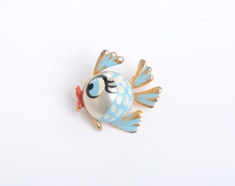 Fish brooch, fish pin, vintage brooch, brooch, fish jewelry, fish, vintage jewelry, vintage fish brooch, kawaii, animal brooch, gift for her