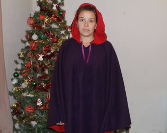 Poncho Hooded Fleece two-sided red and purple