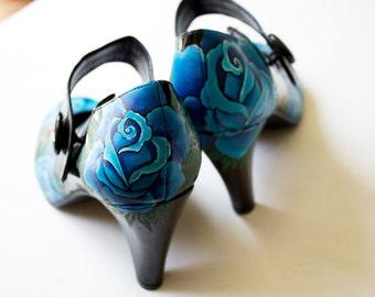 Hand painted heels - Blue Roses- UK 8/ US10.5/ EU 42 - Kezbirdie